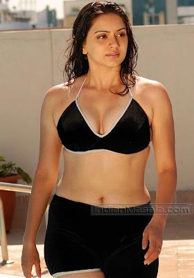 Hema Malini Looks Sizzling Hot In Wet Bikini