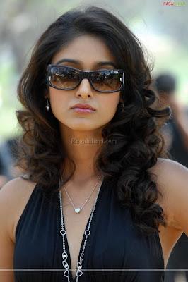 Actress Illeana Photos In Hot Black Dress
