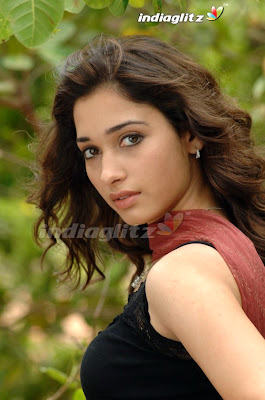 South Indain Hottie Tamanna Latest Pics frm Upcoming Film