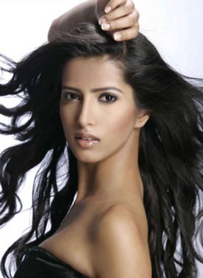 Manasvi Mamgai Miss India 2010 Hot Pictures