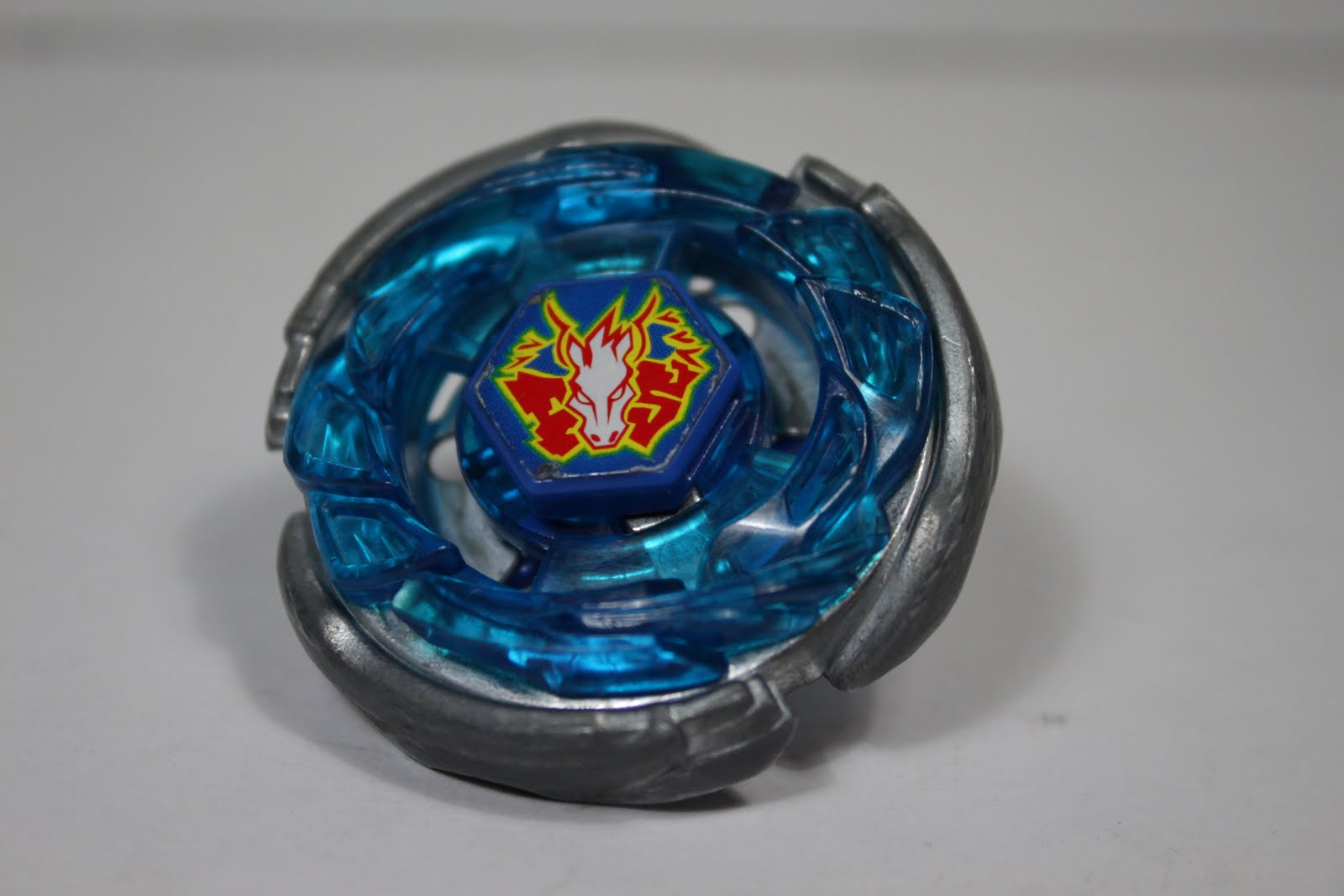 Still play with toys beyblade metal fight storm pegasis 100rf beyblade metal fight storm pegasis 100rf takaratomy voltagebd Images
