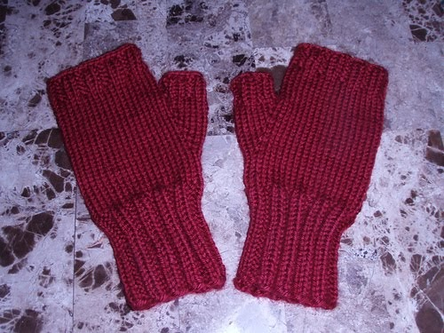Charmedyarn: Simply Soft Fingerless Gloves