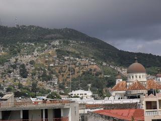 Cap-Haitien: Alerte contre le POPULISME et la destruction massive des dirigeants P2200172-762029