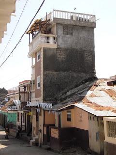 Cap-Haitien: Alerte contre le POPULISME et la destruction massive des dirigeants P2200133-738714