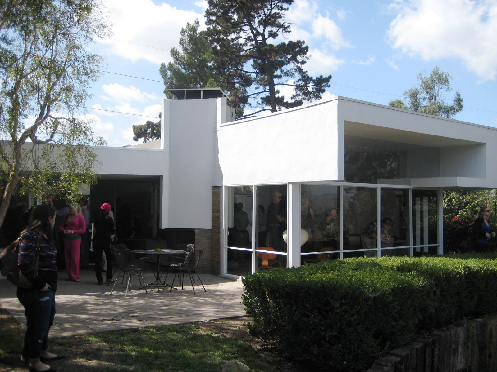 Braxton and yancey mid century modern homes for Mid century modern la