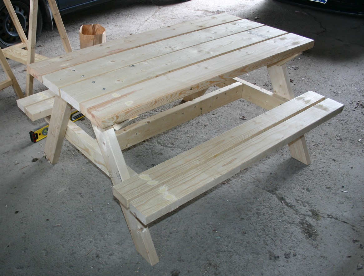 Always Creating Something At Home Big Kids Picnic Table In Cilantro - Picnic table paint colors