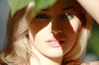 Koleksi Gambar Wanita Cantik