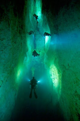 The Magnificent Blue Holes Of The Bahamas Seen On  www.coolpicturegallery.net