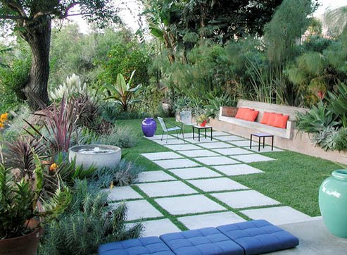 Home design modern landscapes design exterior for Grid landscape design