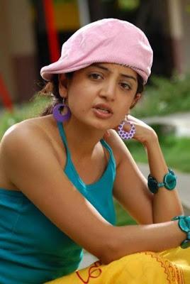 Poonam Kaur Images