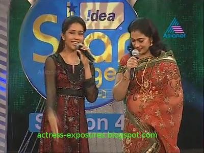 Film Actress Gallery: Old Malayalam Actress Rekha Hot Navel Show