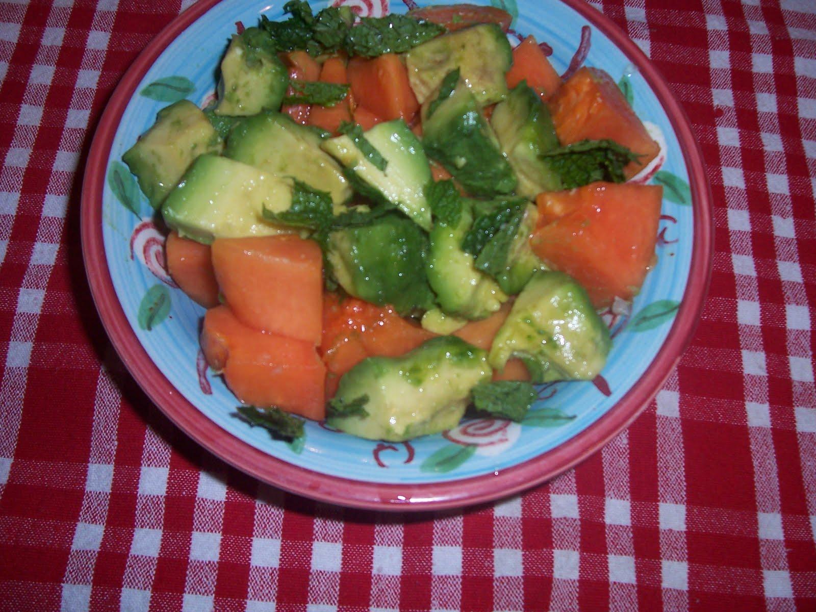 Indianfoodbazaar: Avocado Papaya Salad