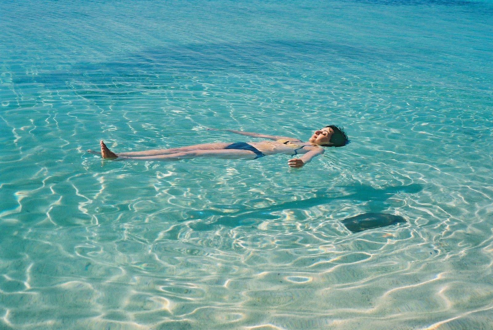 http://3.bp.blogspot.com/_WyL9H8sI-gc/S9jIWsUGewI/AAAAAAAAAFU/c-U0vcER51o/s1600/Cuba.jpg