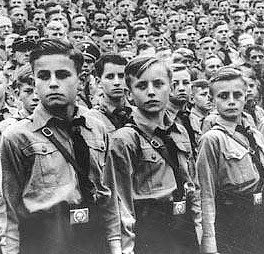 hitler obama youth