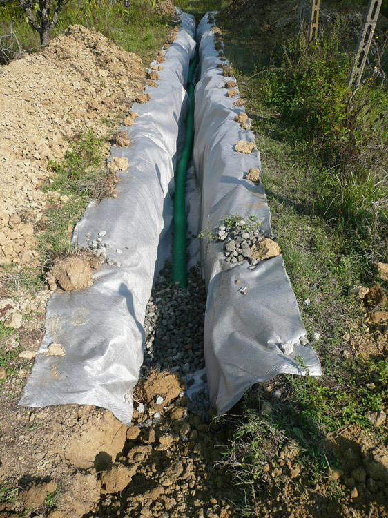Ecomondo smaltimento acque reflue fossa imhoff e subirrigazione - Telo tessuto non tessuto giardino ...