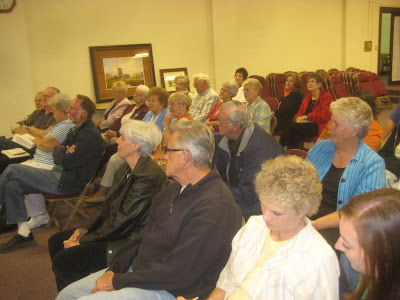 A large group of artists turned out for the art talk given by Roland Lee in Richfield UT