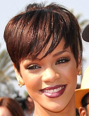 short hairstyles 2011 trends. In 2011 short hairstyle design
