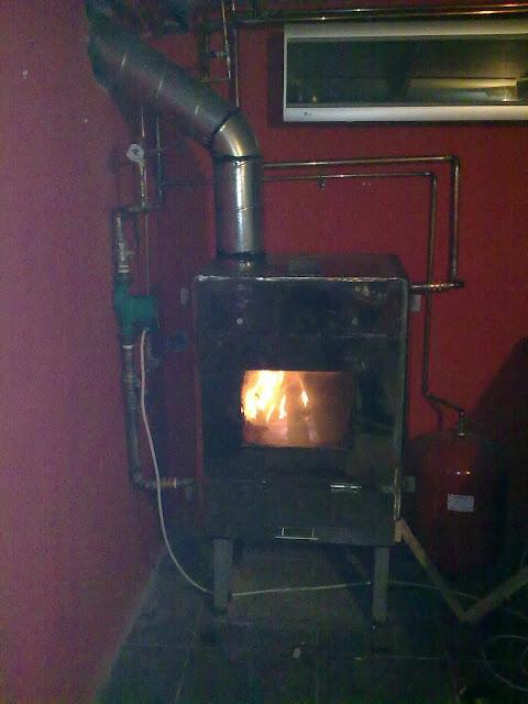 Tecnolog a para un progreso sostenible caldera de acero for Calderas para calefaccion central a lena