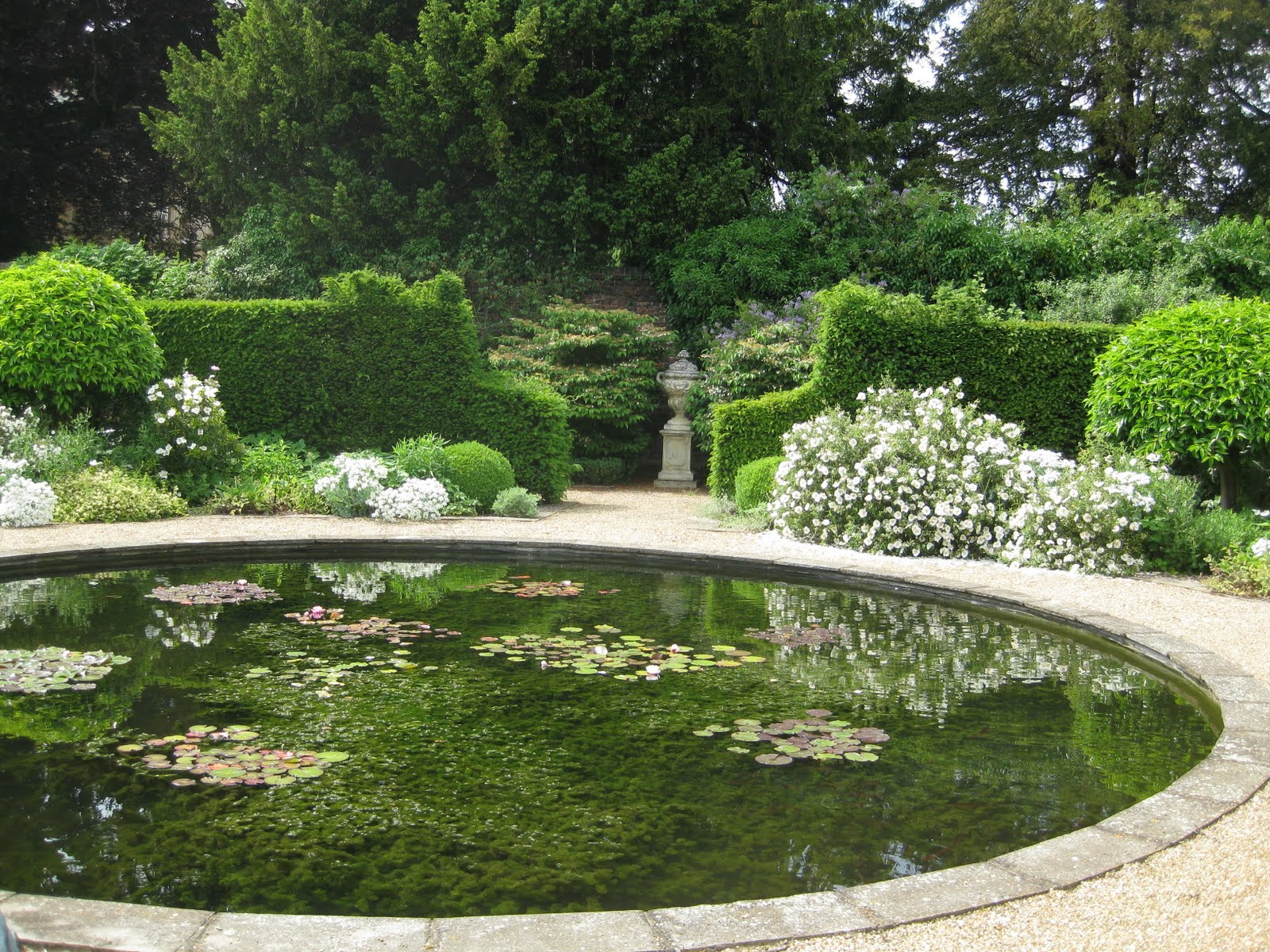 Ham photos rear garden at ormeley lodge - The Summer Season Of Prying Into Private Gardens Continues Apace With Three More In Richmond All With Interesting Stories