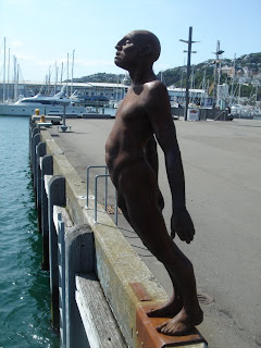 bronze naked man out side Te Papa Museum Wellington