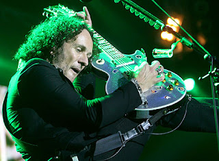 vivian campbell def leppard picture auckland show nz