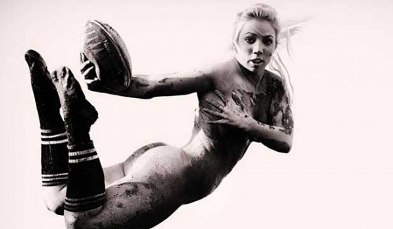 naked-female-rugby-player