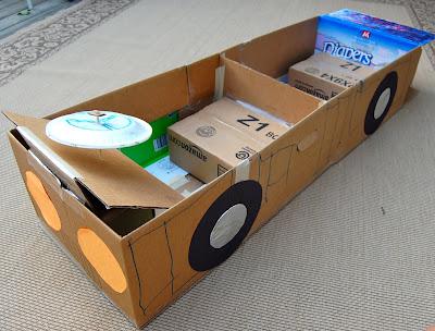 Как сделать большую машину из коробок своими руками