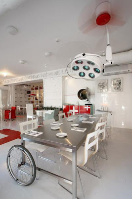 bizarre-stuff-Hospital-Restaurant-+Latvia-3