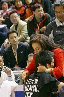 Misai Merah: Bik Mama 39;dipertahan39; ulama muda Umno