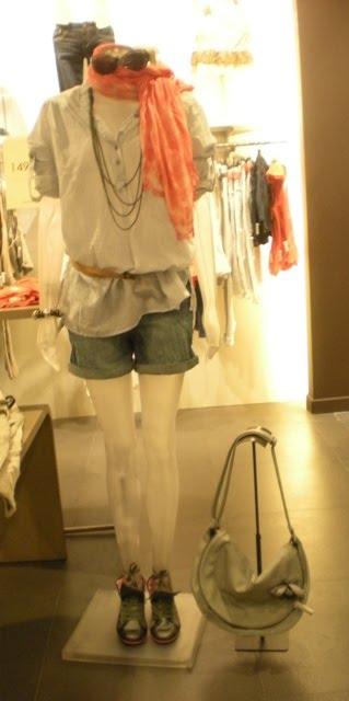 http://3.bp.blogspot.com/_X3hI3hadKJ0/S9hhQLxce-I/AAAAAAAADc0/ksl7_O05QFA/s1600/DSCN7811.JPG