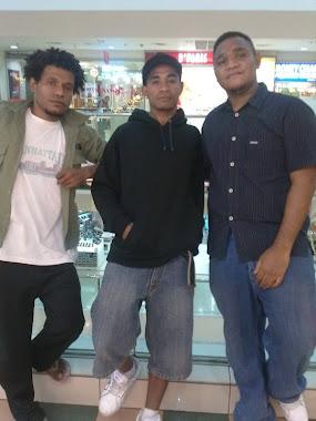 trio fakfak