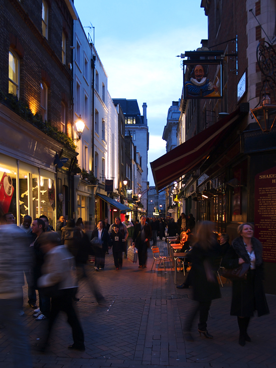 carnaby street, London - photo by joselito briones