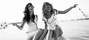 sonrie que es lo unico que nadie te puede quitar, jamás.