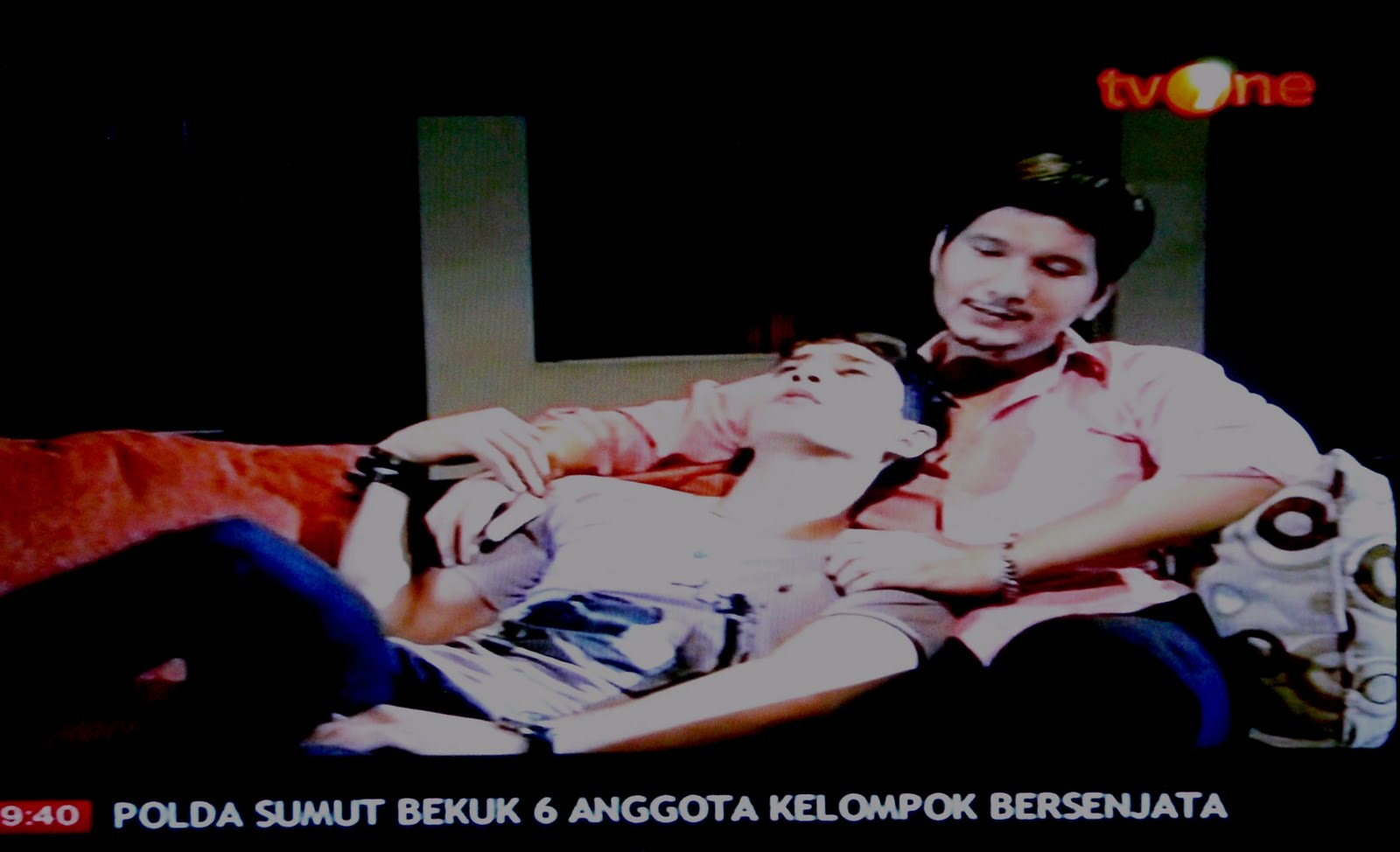 tv one tiap minggu 21 00 wib foto notenggakpenting blogspot