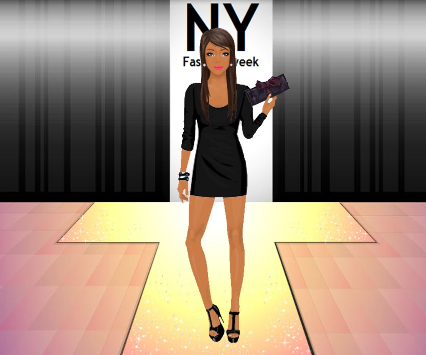 [Super-girl.8+Gedraaide+banner+4+-+NY+Fashion+Week]
