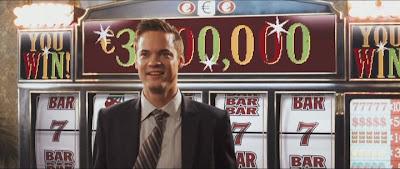 скриншот фильма подарок. Джекпот в казино.
