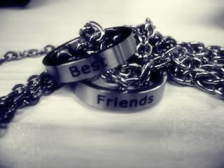 http://3.bp.blogspot.com/_X67ViMDoXi4/TPSTOfivUnI/AAAAAAAAAH8/j6sUi5bllag/s320/best%2Bfriend.jpg