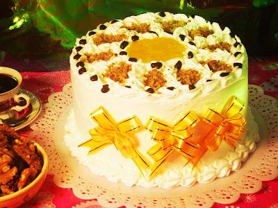 Torta De Pao Lo Chocolate Com Recheio Ovos Moles E Leite
