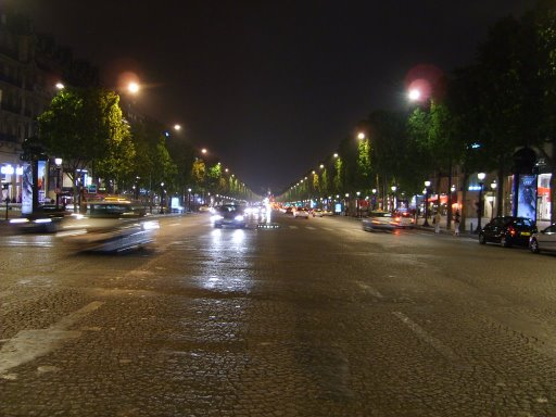 [Champs-Elysees]