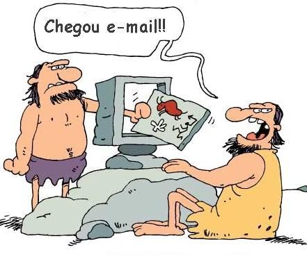 iamgem de email na antiguidade mostrando a internet e o orkut como meios sociais atuais