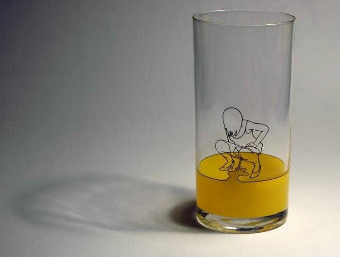 copo com design e imagem criativa