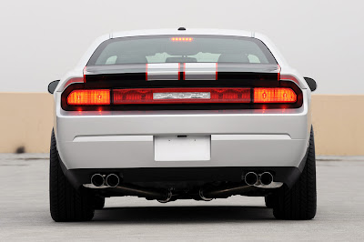 Hurst Silver and Black Series 4 Challenger 2010 - Rear