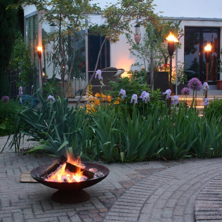 Gartenblog geniesser garten urlaub im eigenen garten for Gartengestaltung quellstein