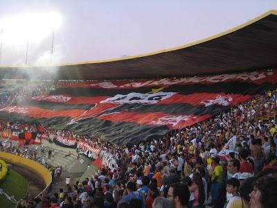 http://3.bp.blogspot.com/_XBL7u2BPBfI/SvqI5IrGOAI/AAAAAAAAA0M/E4tTwMyGrdI/s400/atletico-goianiense-bandeirao.jpg