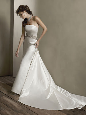 Wedding dress big gallery tight bridal gowns fit right for Tight fitting wedding dresses
