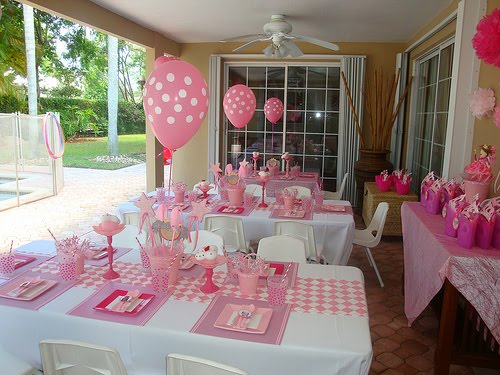 We love the diamond fabric table runner the pink and white stripe trim onthe placemats the fuchsia square plates spotty cups with striped paper straws ... & Stylish Childrens Parties: