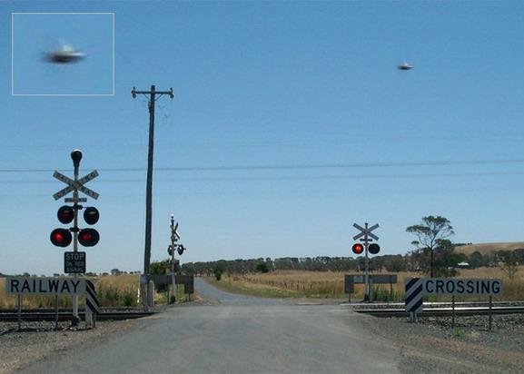 2004, Australia