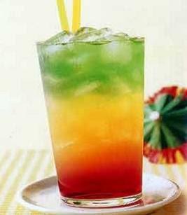 عصير كوكتيل طازج