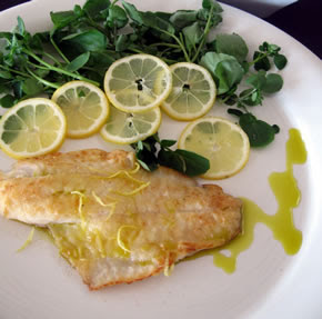 Pan fried fish with extra virgin olive oil lebanese recipes for Frying fish in olive oil
