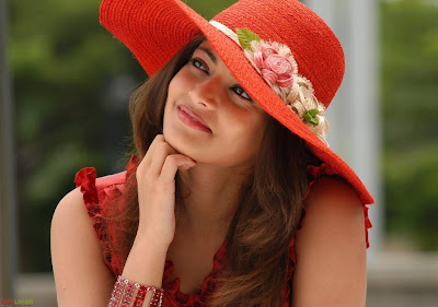 Sneha ullal latest gallery